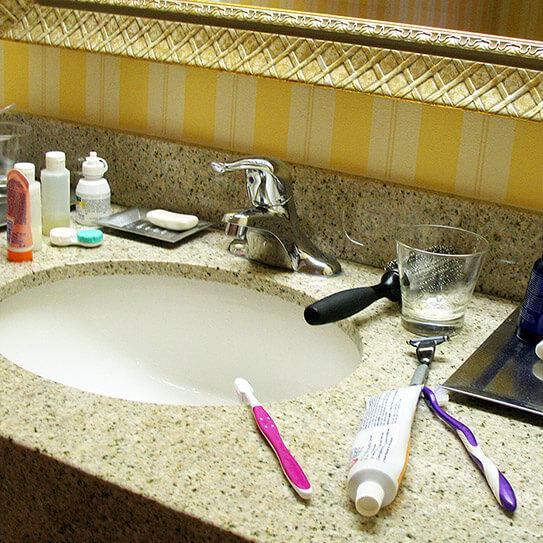 4 Oral Hygiene Travel Essentials